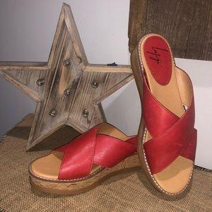 LATIGO Kayda Cross Strap Sandal 9
